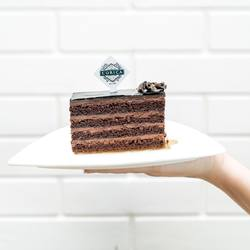 Is there such a thing as too much chocolate? 🤤 - in frame: Chocolate Absolute Cake