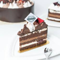 Treat your loved one with a slice of our classic Black Forest Cake!🥰